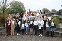 23 Altenpflegerinnen und Altenpfleger absolvieren ihr Examen